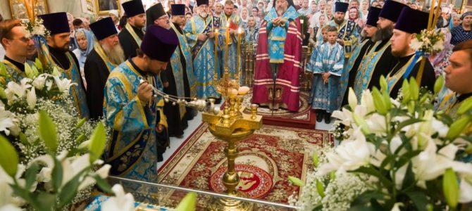 Всенощное бдение в канун праздника Успения Пресвятой Богородицы